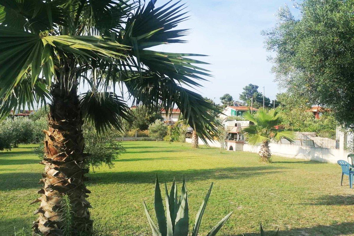 Dvorište vile Frossaki