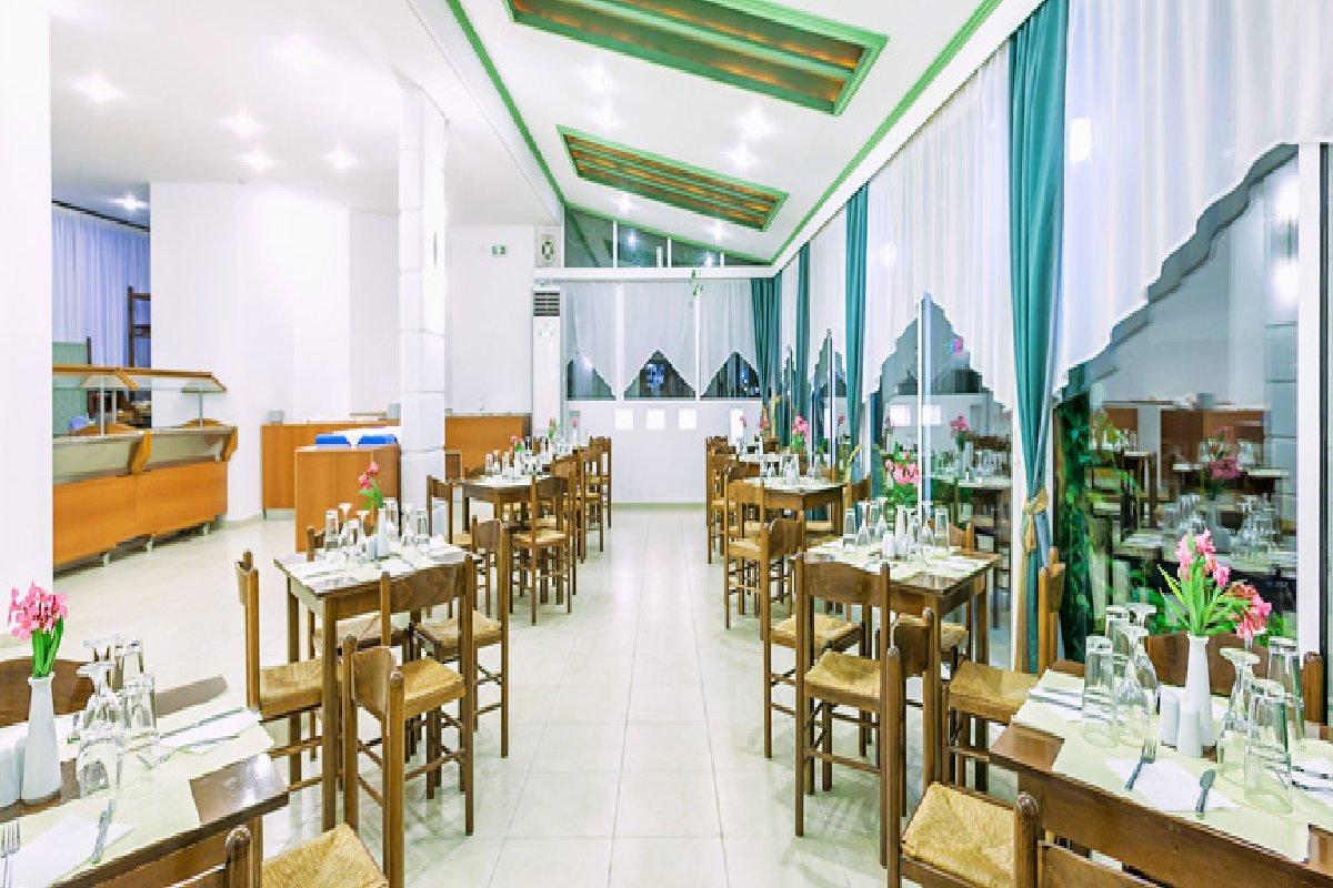 Hotel Xenios Dolphin Beach restoran