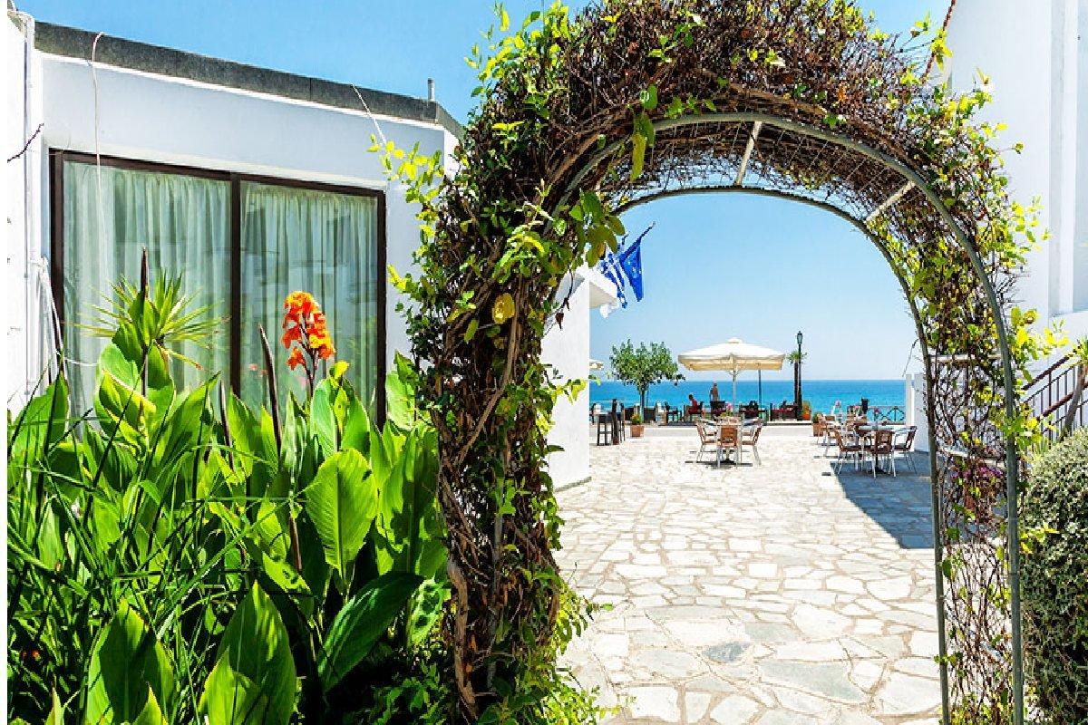 Hotel Xenios Dolphin Beach letovanje Posidi