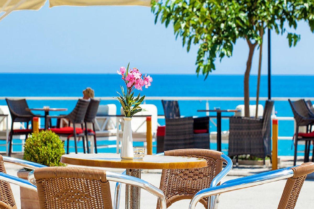 Hotel Xenios Dolphin Beach odmor