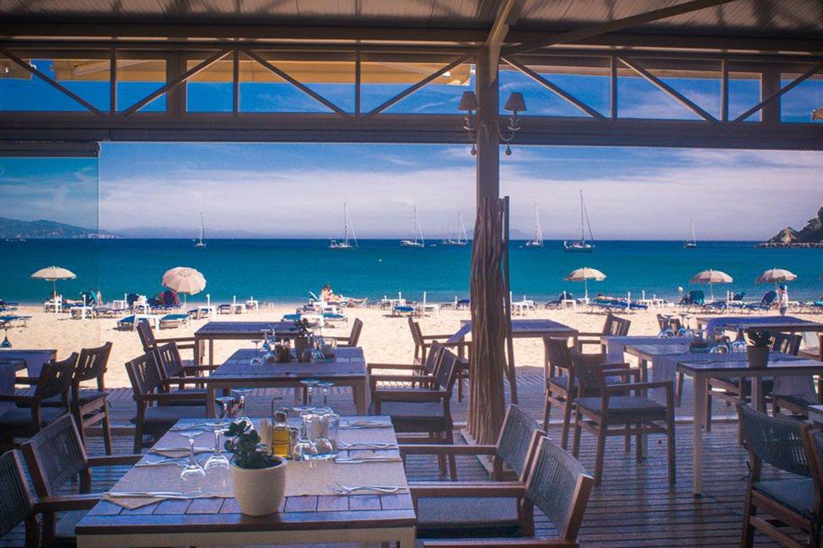 Parga Beach Resort beach bar