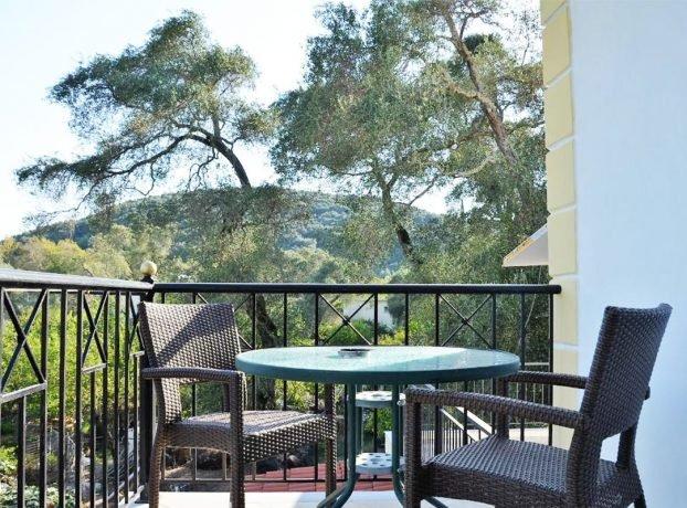 Rezervacija apartmana u vili Kostas
