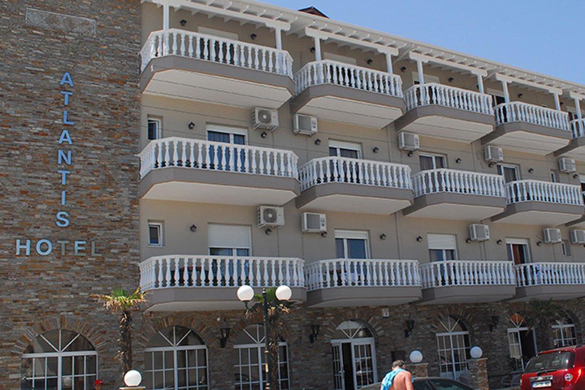 Atlantis hotel Parlija leto
