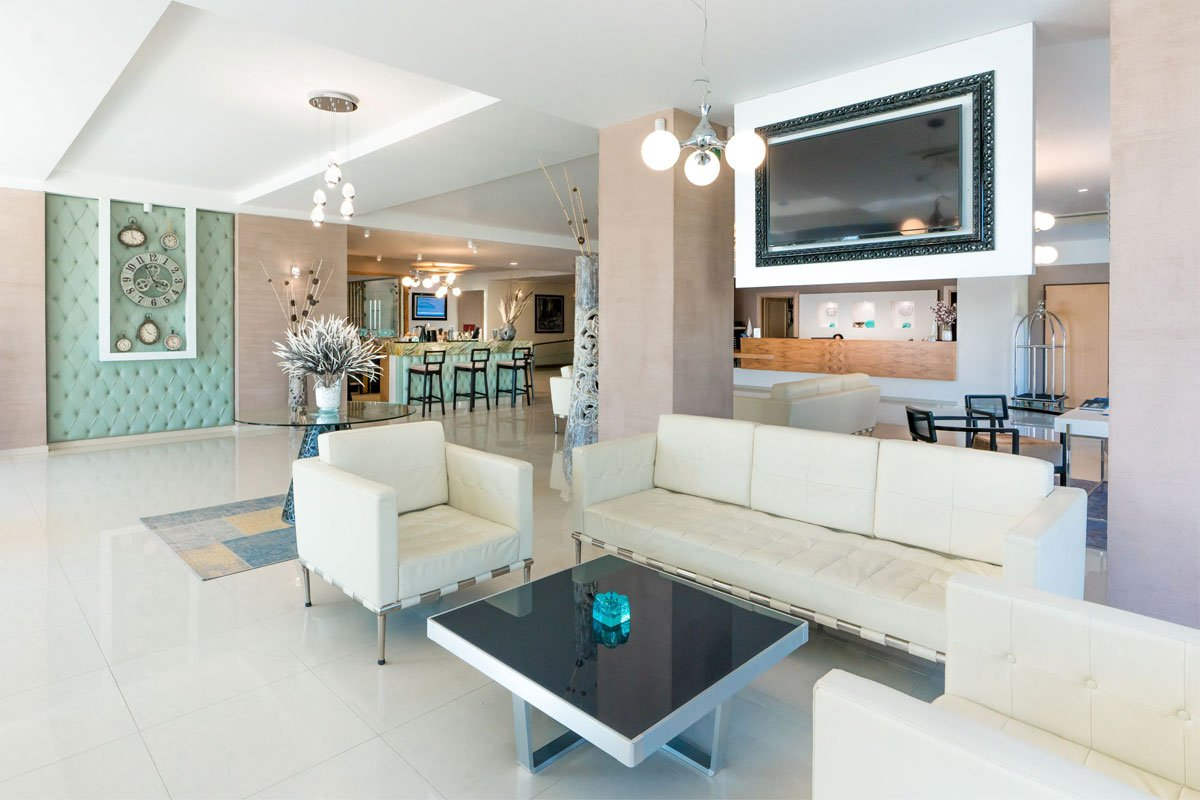 Cronwell Resort Hotel lobi