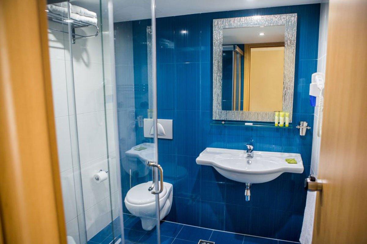 Delphi Beach hotel kupatilo