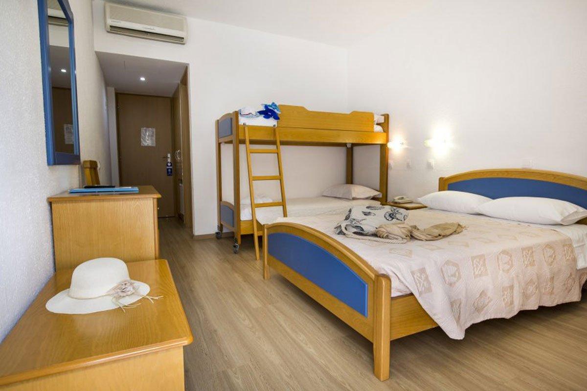 Delphi Beach hotel soba