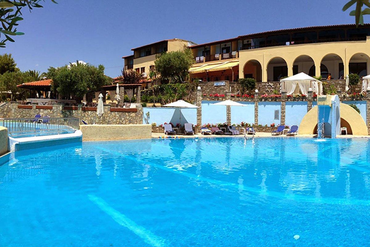 Elea Beach Hotel spolja