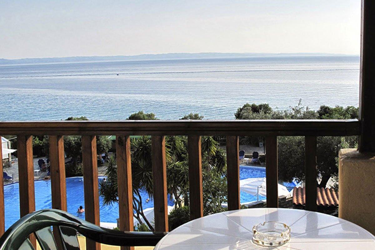 Elea Beach Hotel terasa