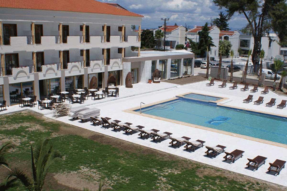 Hotel Melathron bazen i ležaljke
