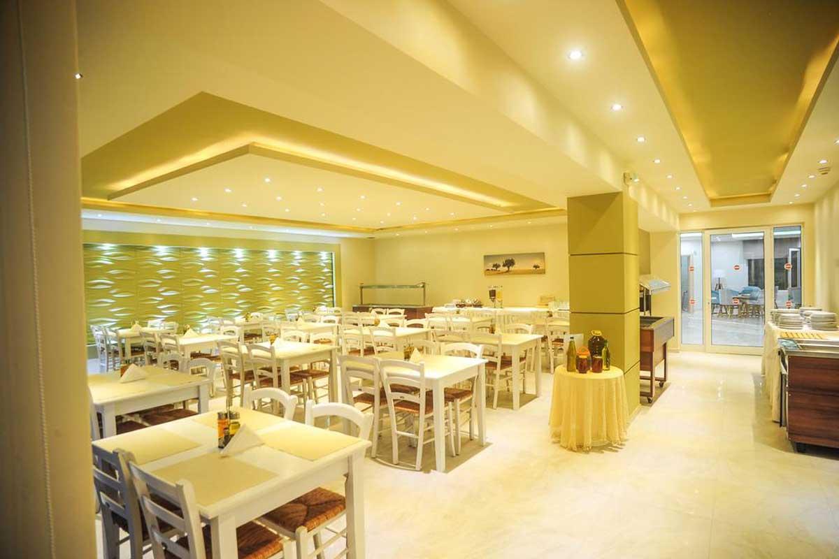 Tropical hotel restoran
