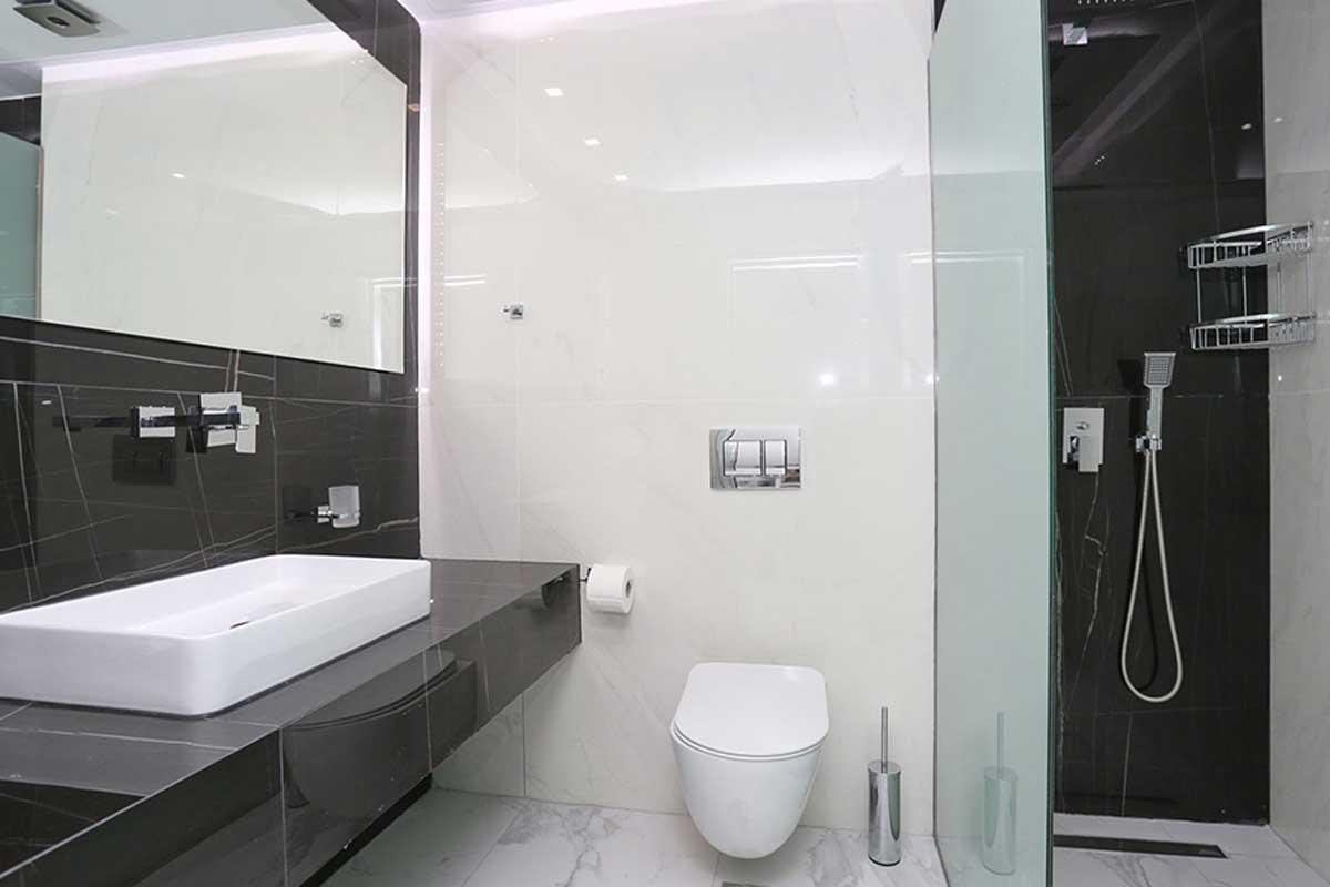 Tropical hotel kupatilo
