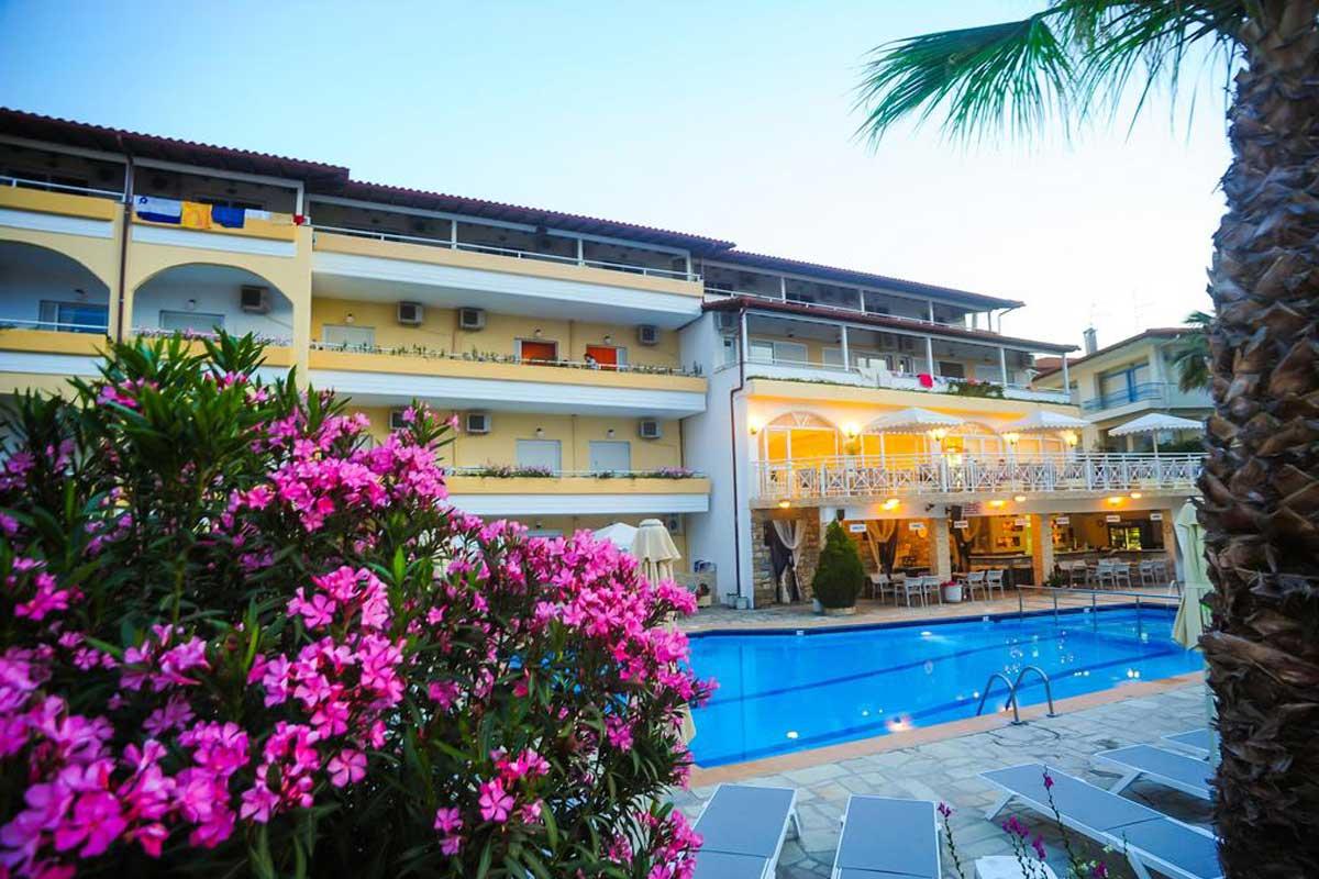 Tropical hotel letovanje