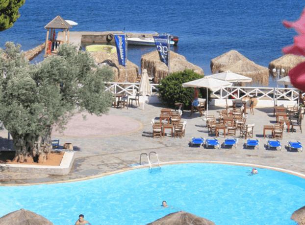 Grand Bleu Hotel bazen