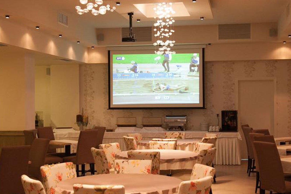 Kanali Beach Hotel tv sala