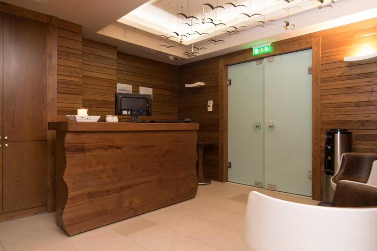 Cosmopolitan Hotel & Spa recepcija