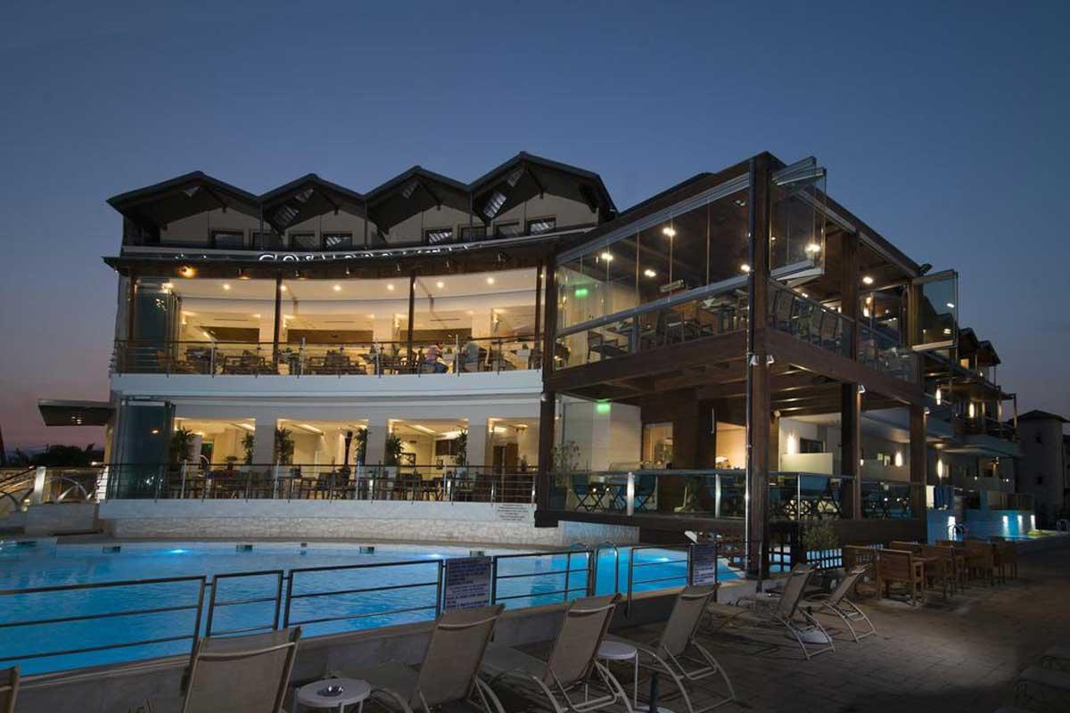 Cosmopolitan Hotel & Spa smeštaj u Paraliji