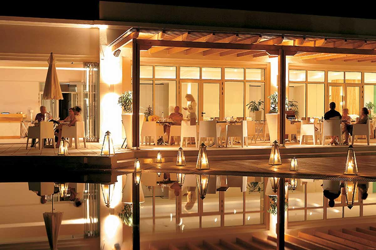 Hotel Grecotel Filoxenia kafić