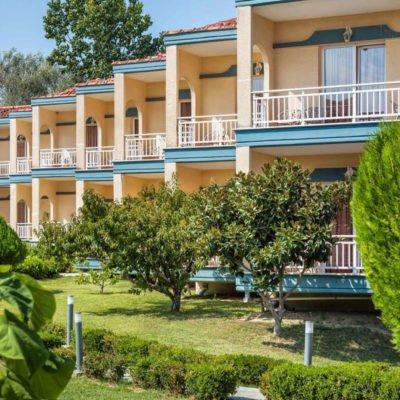 Grand Platon hotel spolja