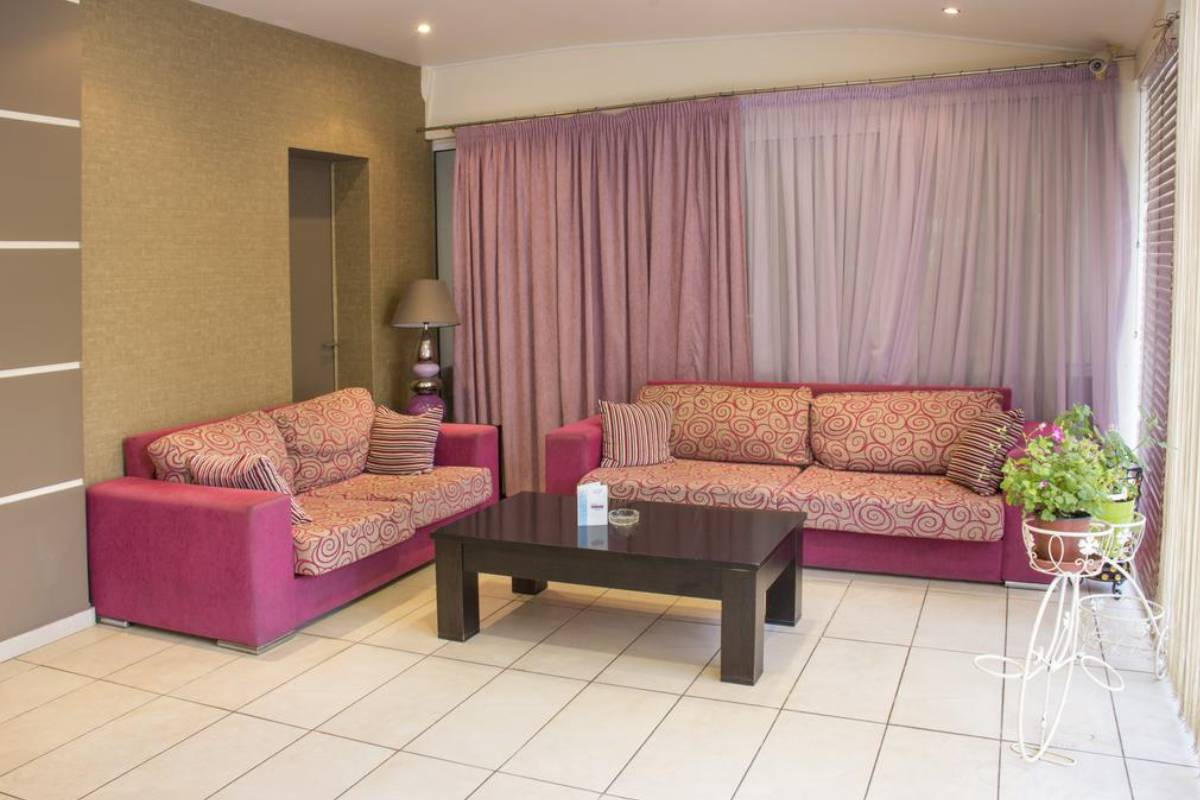 Hotel Paralia Inn apartmani