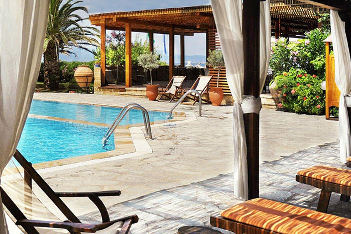 Antigoni Beach hotel bazen