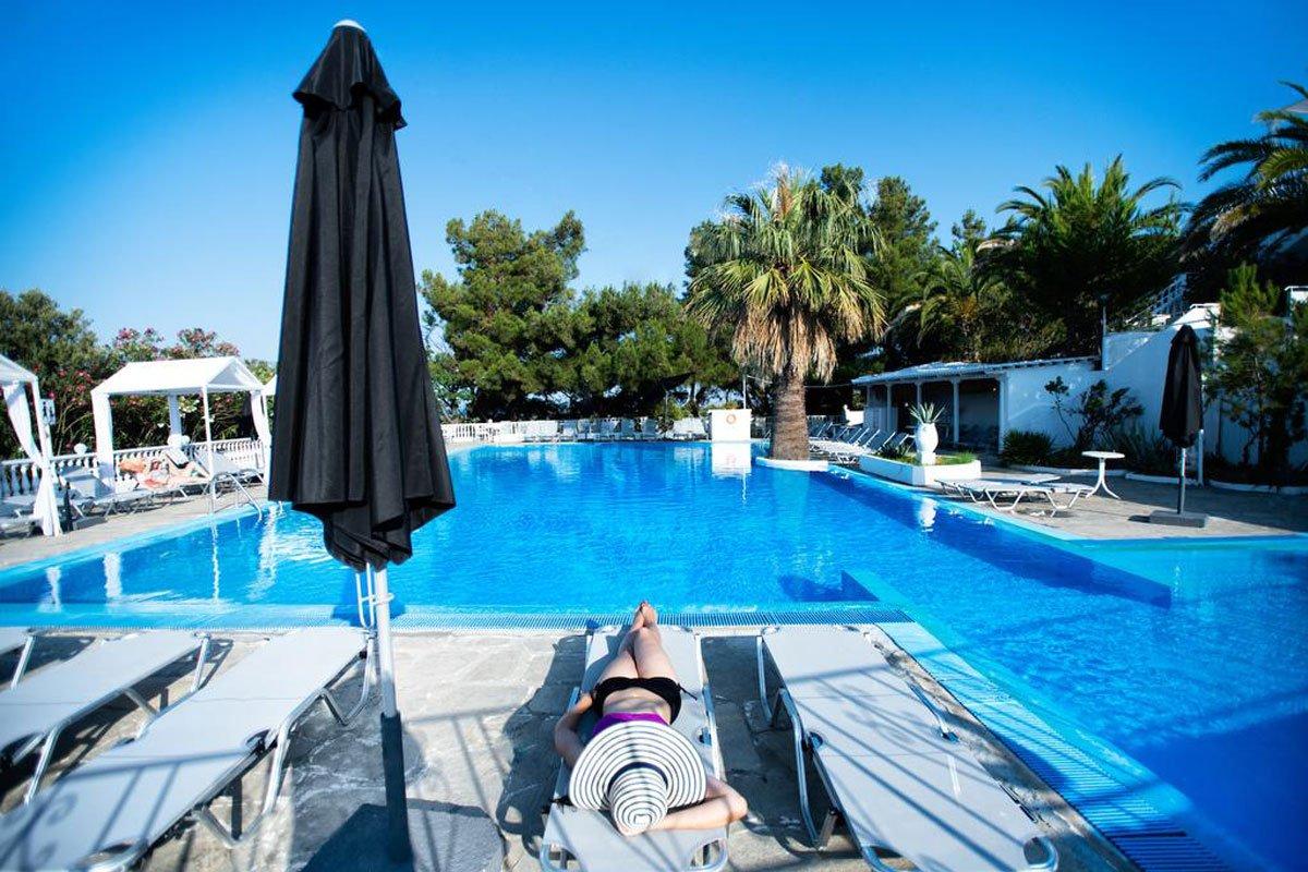 Bianco Olympico Beach Hotel bazen