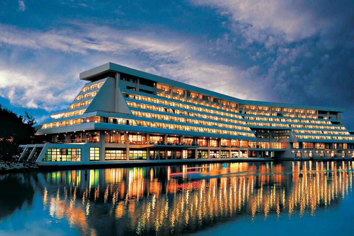 Porto Carras Meliton lusuzni hotel u Neos Marmarasu