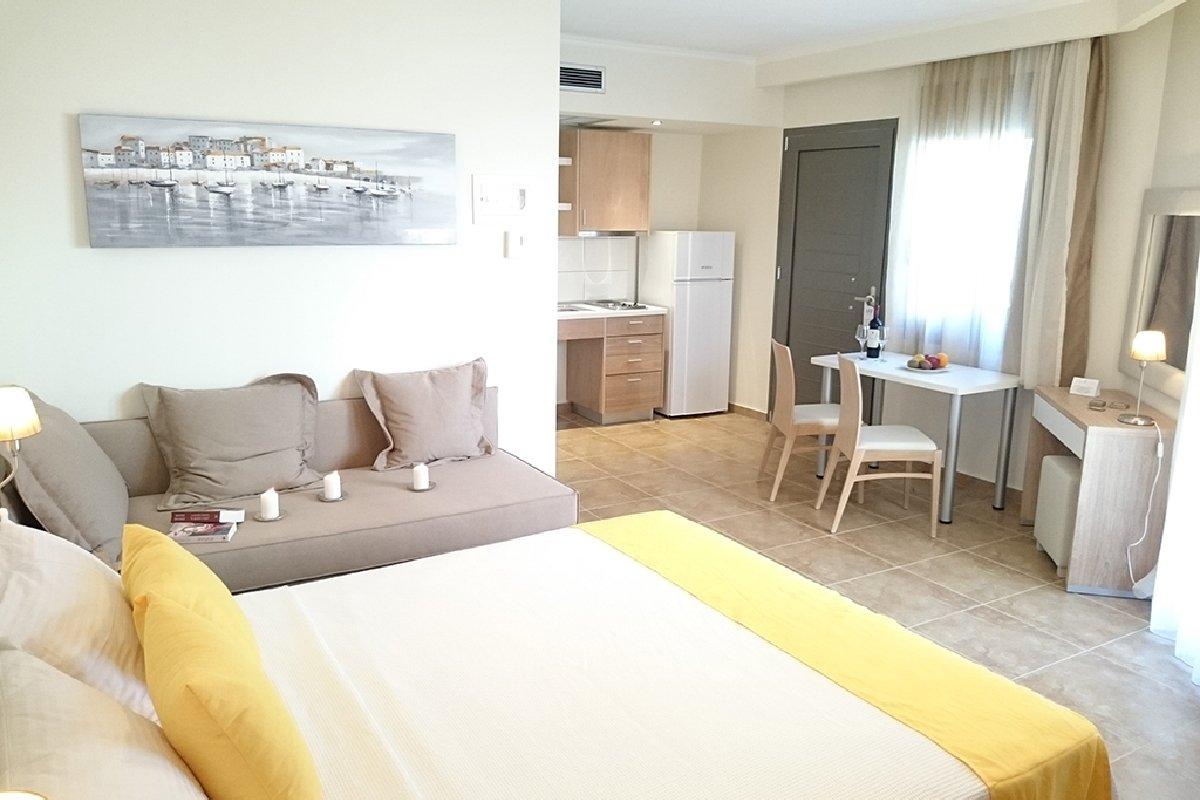 Hotel Artemis Plaza apartmani