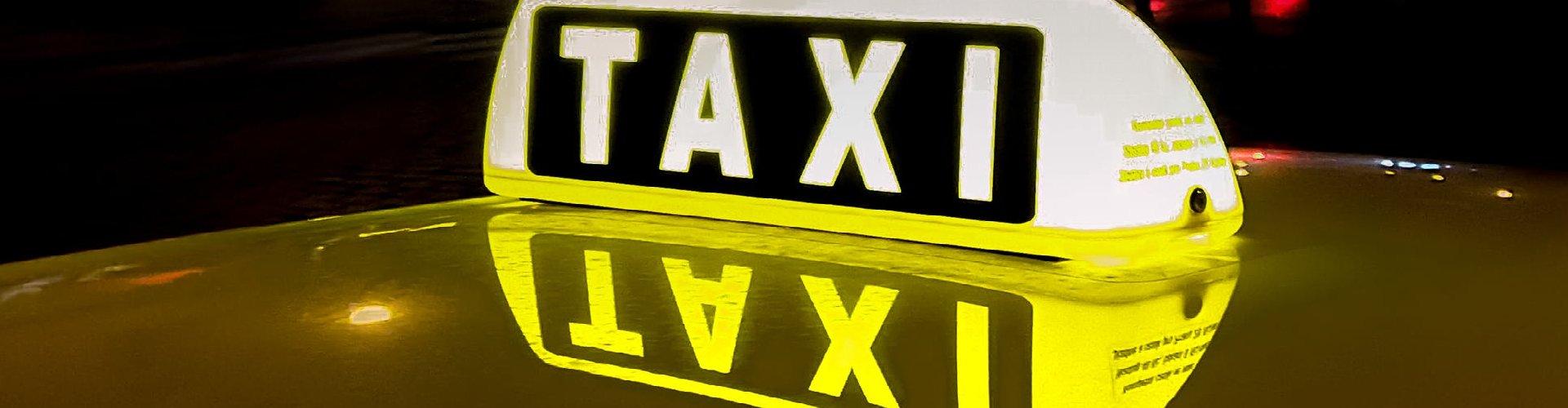 Oznaka za taxi vozilo