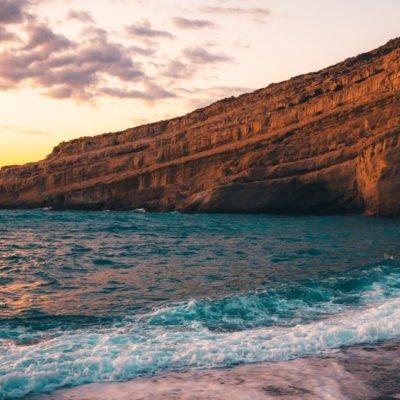 Metamorfozis plaža na Sitoniji
