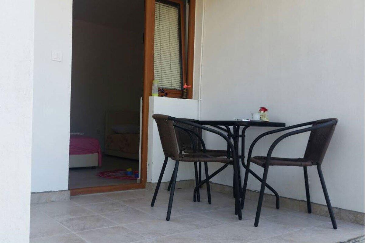 Apartmani Polović terase u svakom studiju