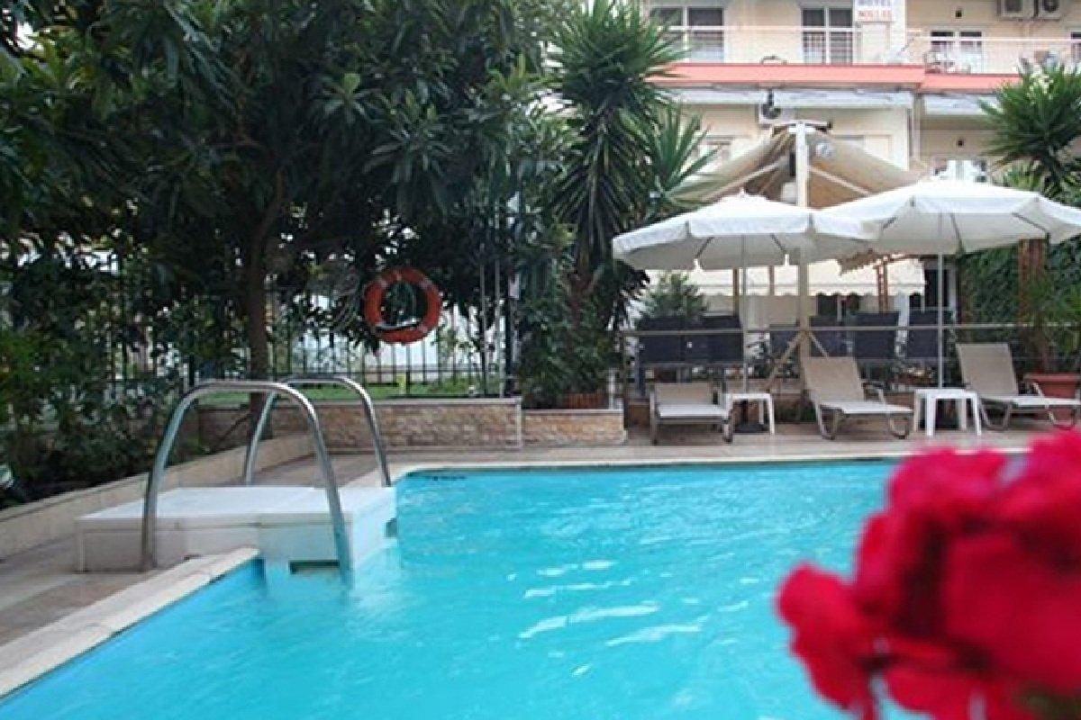Hotel Mallas odmor u Nea Kalikratiji