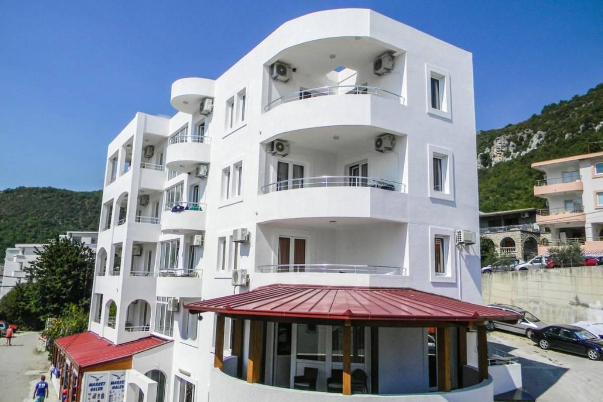 Smeštaj u hotelu Galeb