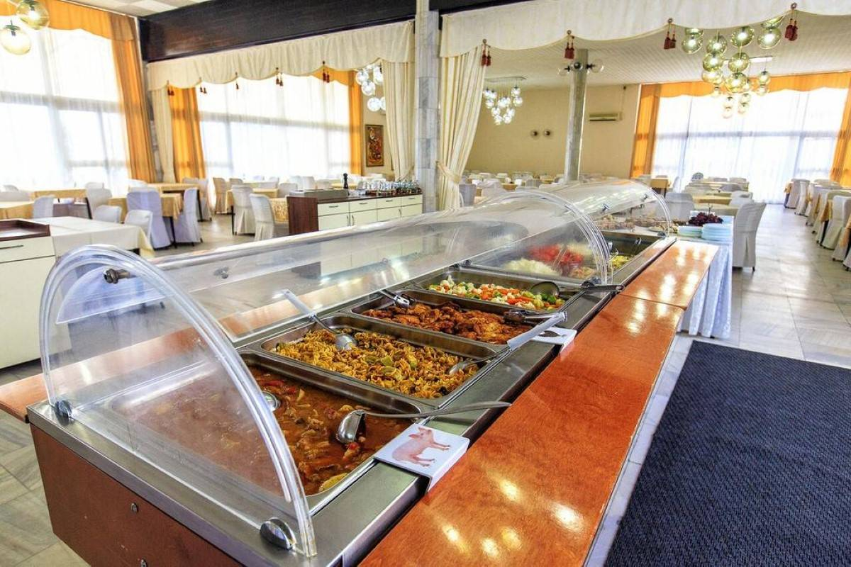 Restoran u hotelu Korali