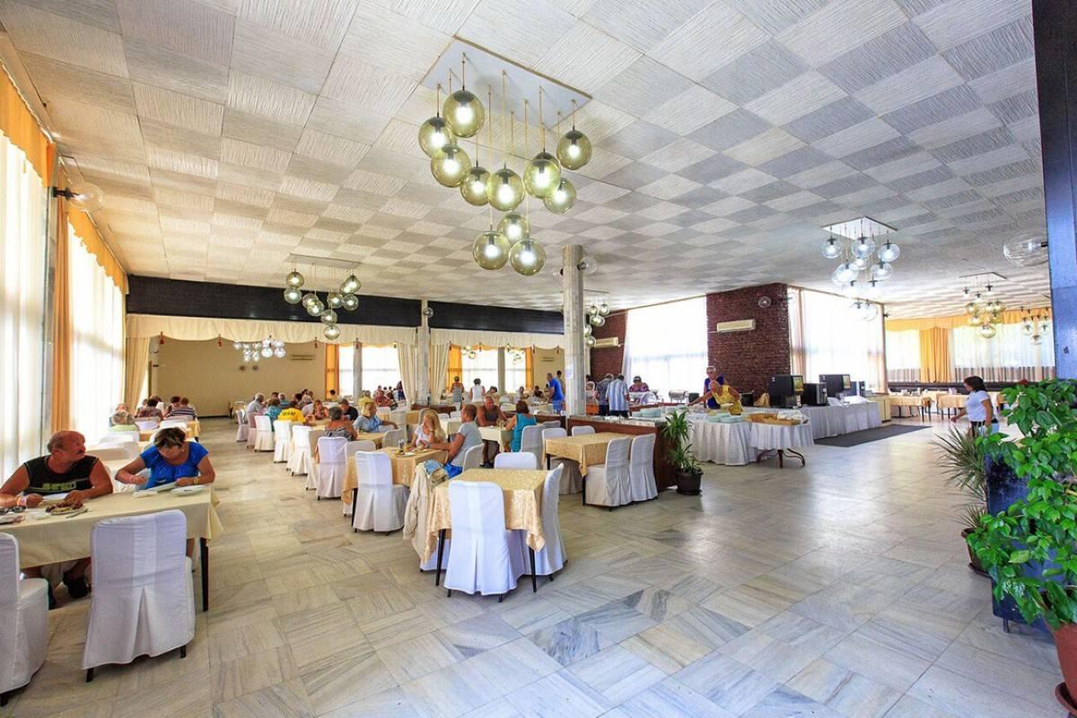 Restoran hotel Korali