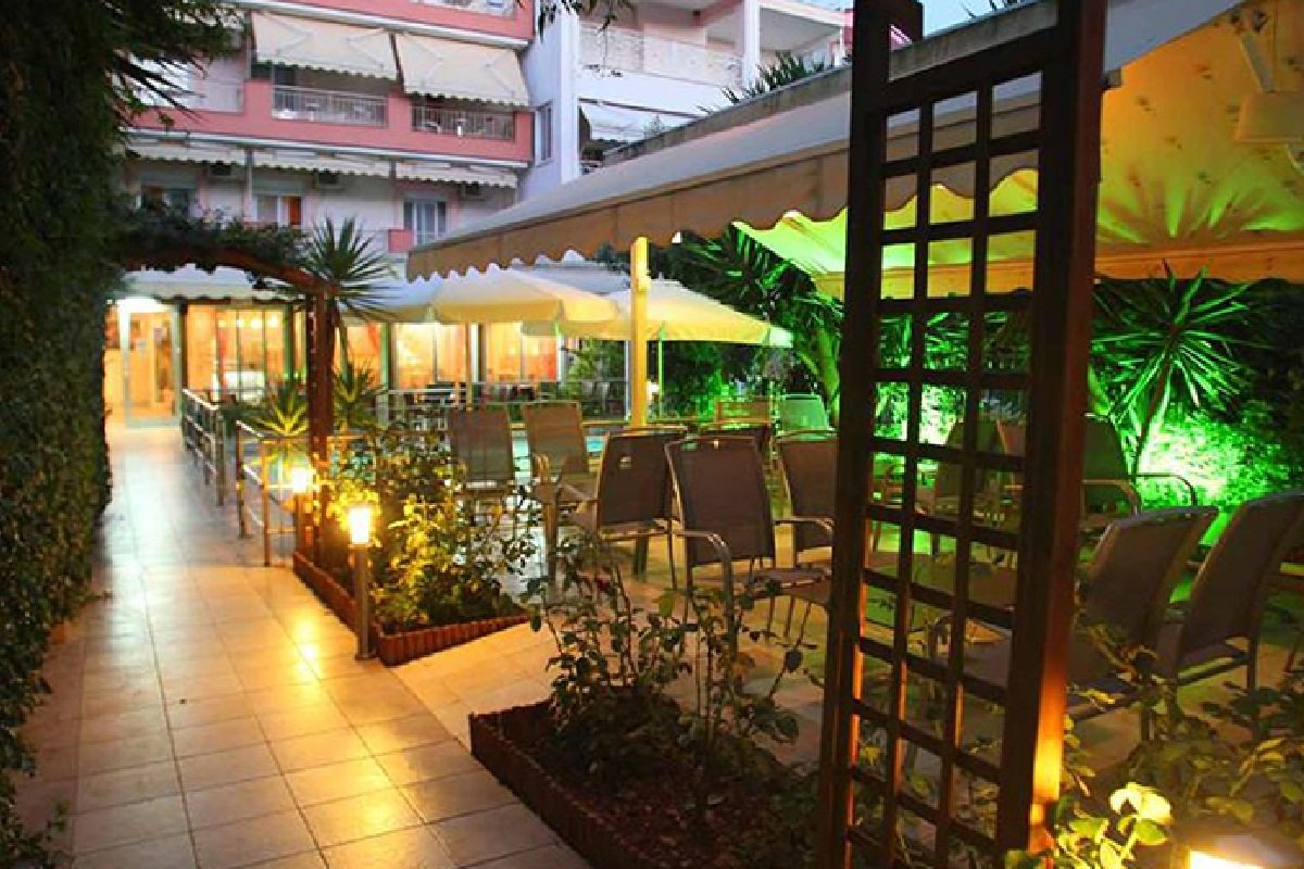 Hotel Malla bar kafe