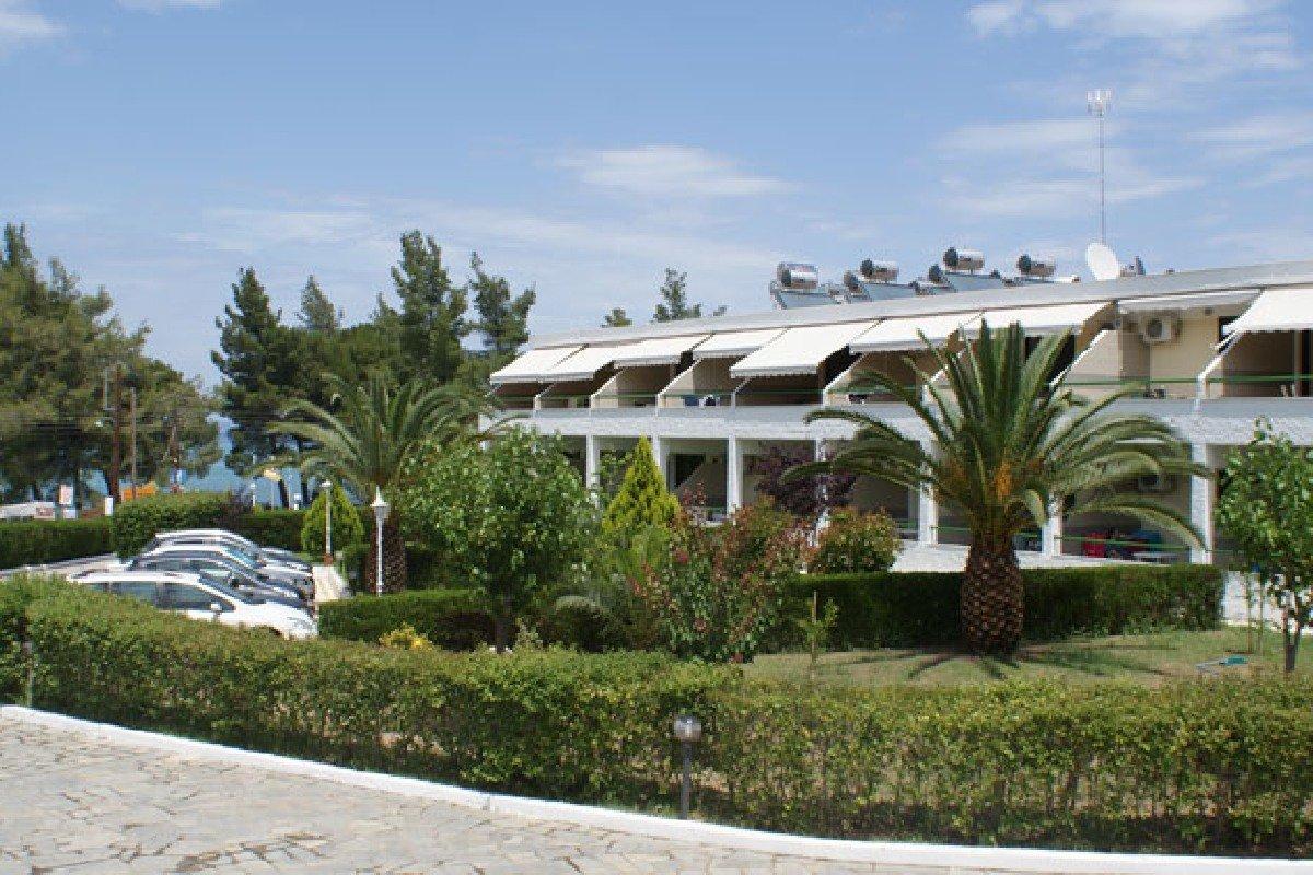 Hotel Rema spolja