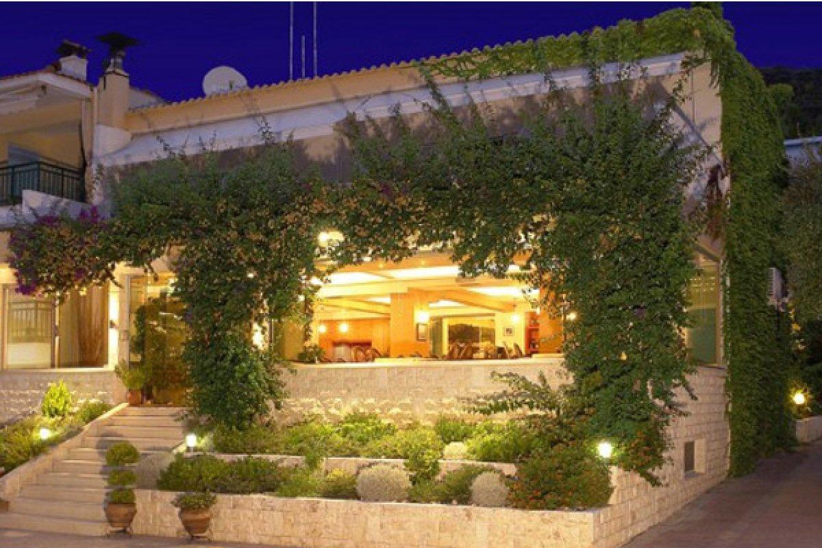 Hotel Xenios Loutra beach letobvanje na Halkidikiju