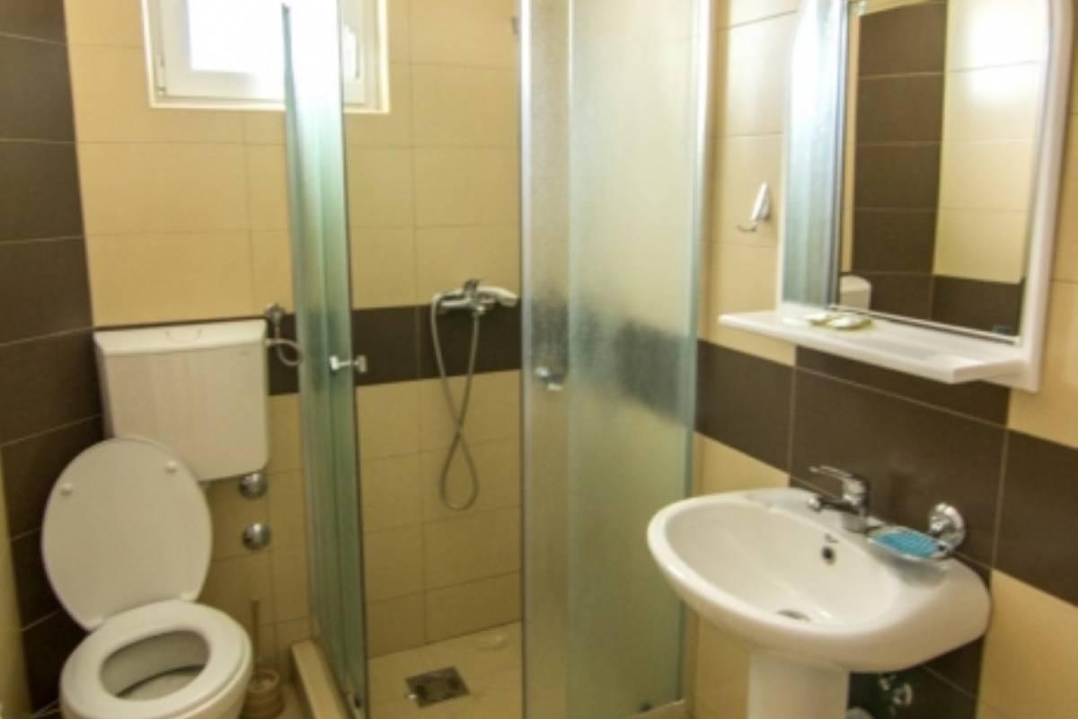 Vila Babović kupatilo