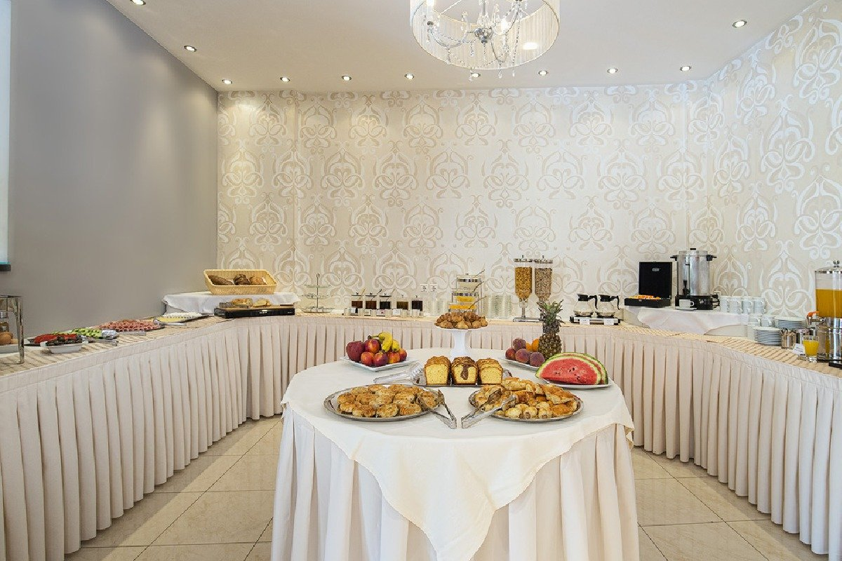 Hotel Albatros švedski sto