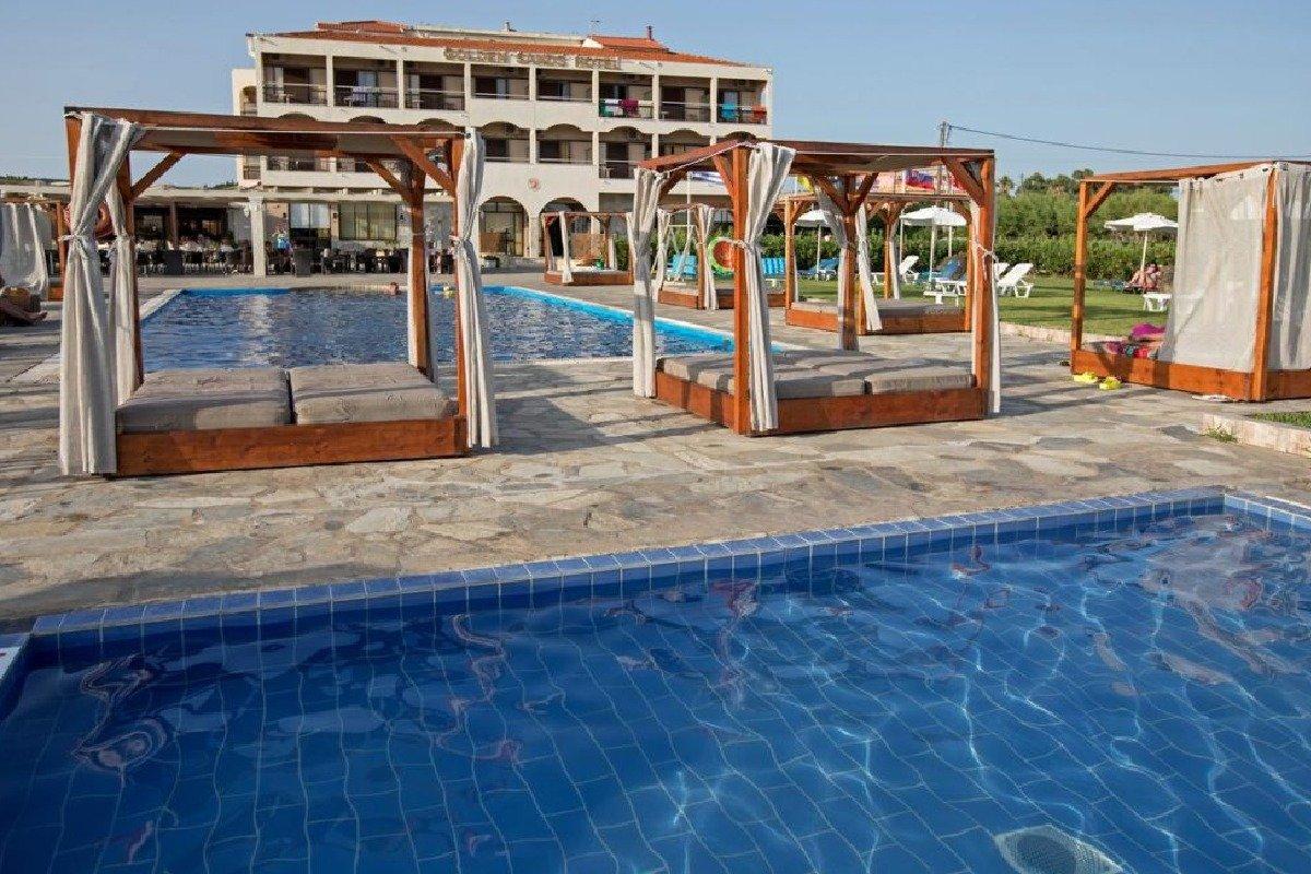 Hotel Corfu Golden Sands spolja