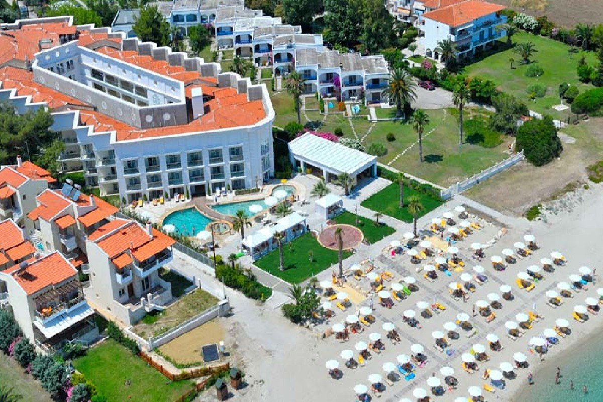 Hotel Elinotel Apolamare spolja