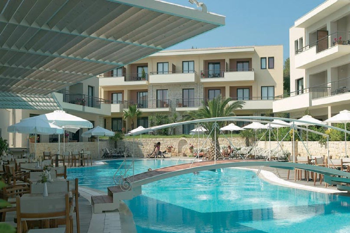 Hotel Renaissance Hanioti Resort bazen