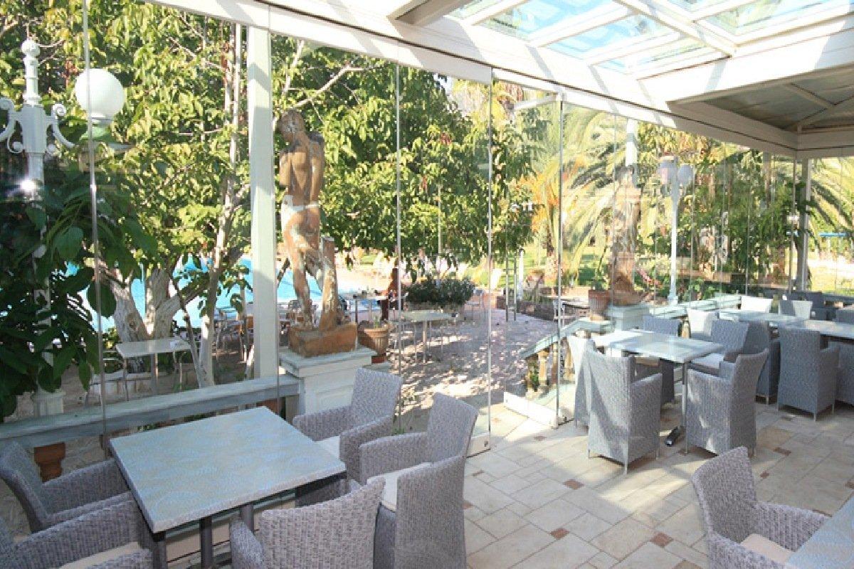 Hotel Sivota bar
