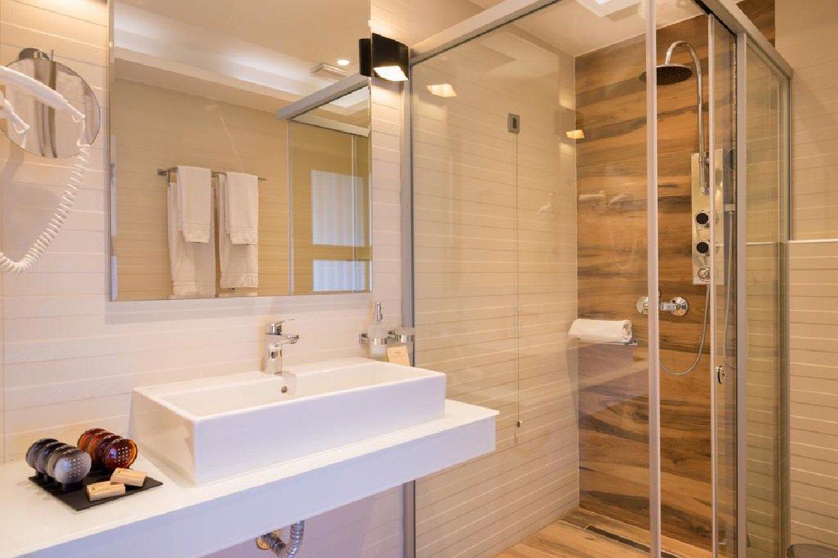 Hotel Sivota Diamond Resort kupatilo