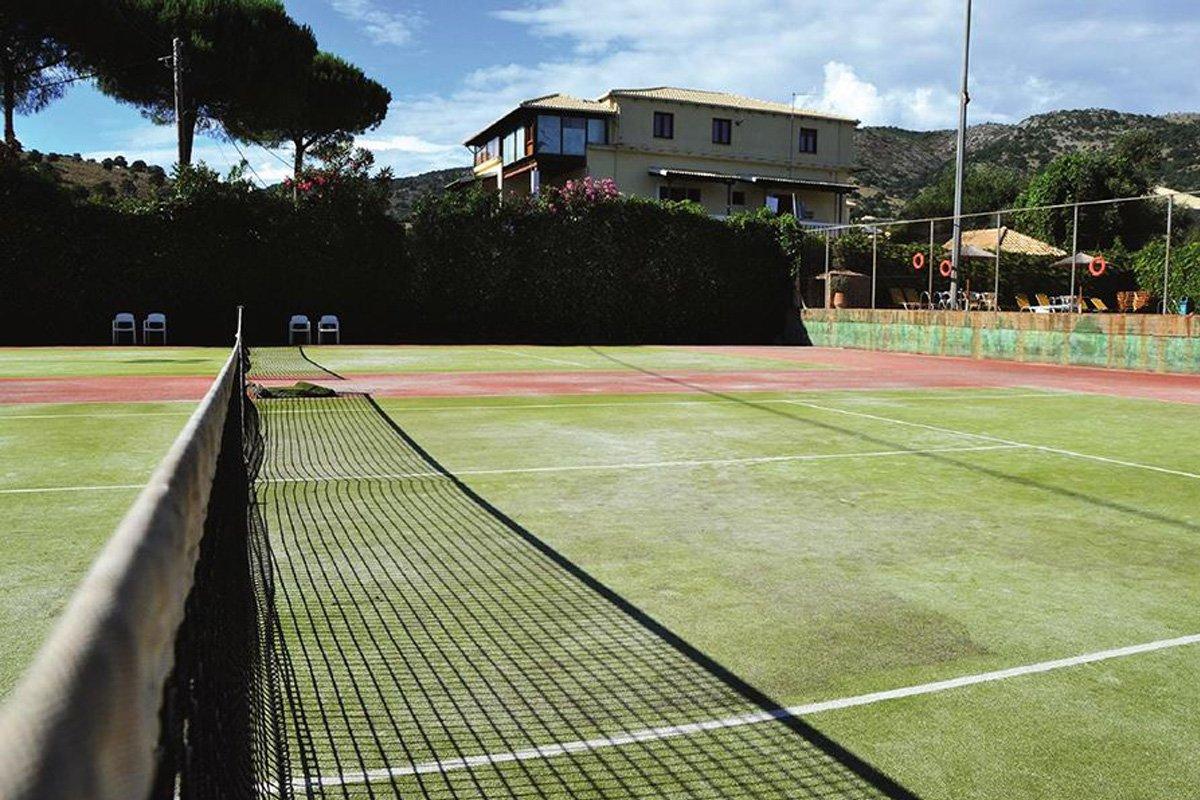 Teniski tereni u hotelu Sivota
